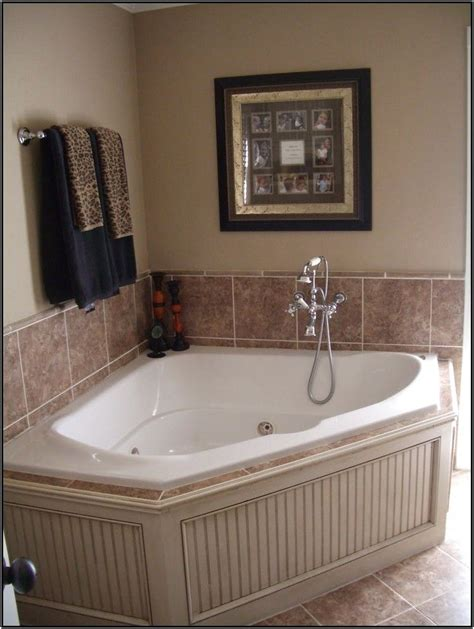 Ideas Tub Surround by Garden Tub Tile Surround Ideas My Upstairs Bath Corner