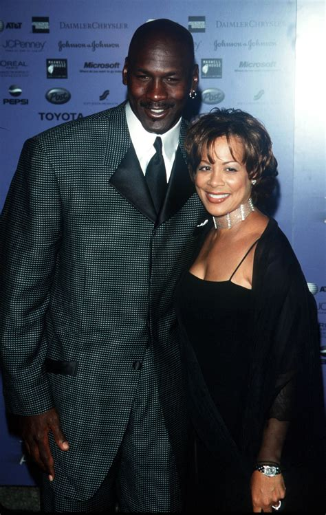 Juanita Vanoy and Michael Jordan's Divorce Cost Him $168 ...