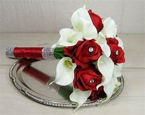 Wedding Bouquets Red And White Rosesred Rose And White ...