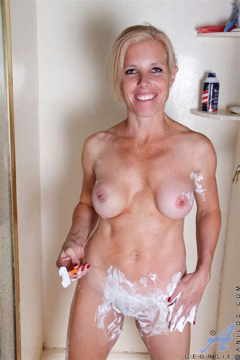 Milfs Shaving Pussy Naked Girls - adidasspringblade2.info