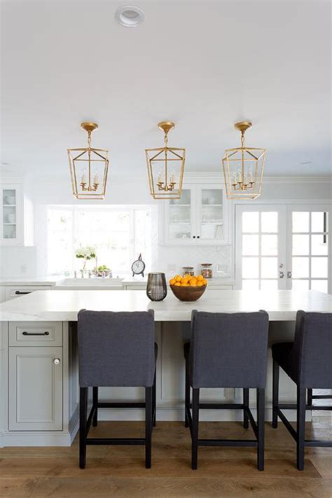 kitchen counter pendant lights white kitchen cabinets with rubbed bronze knobs design 6639