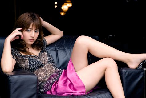 motor campur  elegant sexy asian girl wallpapers