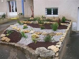 reamenagement d39une entree de maison a aytre le paradis With grosse pierre pour jardin 1 mon jardin mois apras mois page 4 mon jardin mois