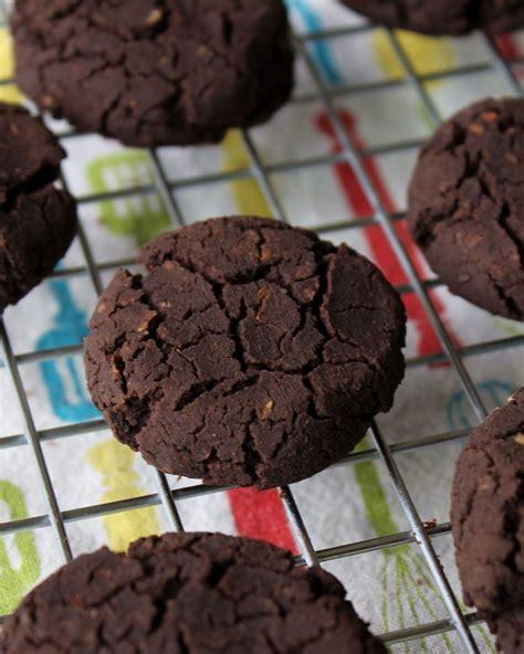 cookies chocolate sugar chickpea fat gluten dairy