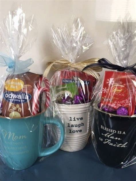 Scented candles, soaps, and bath items can replace mug, cup and saucer and flavored coffee and tea to create a bath gift bag. 30 coffee lovers gift idea 7 | Gift baskets for women
