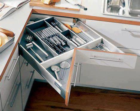 cajones modulares en esquina en las cocinas muebles de