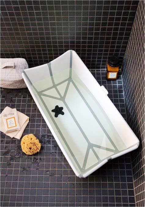 Toddler Tub For Shower Stall by 86 Best Small Tubs Images On Showers Soaking