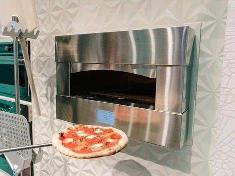 luxury ge monogram pizza oven brings plenty  heat  properly charred crust pizza oven