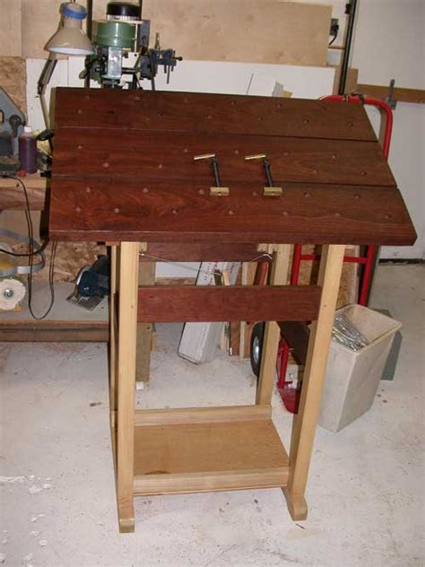 wood carving bench  woodworking