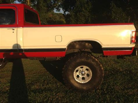 buy   lifted dodge power wagon   nice ride