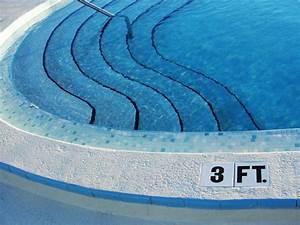 Salt Water Pools & Pool Companies That Service Salt Water ...
