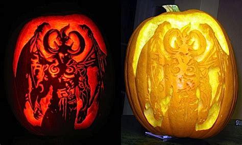 joystiq pumpkin carving contest vote   finalists