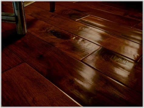 laminate flooring that looks like wood planks ceramic tile looks like wood laminate ceramic tile look flooring laminate ceramic tile look