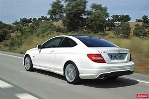 Mercedes Classe C Blanche : classe c coup retour en t te de peloton photo 3 l 39 argus ~ Maxctalentgroup.com Avis de Voitures