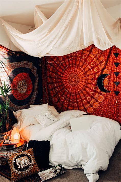 chakra box   boho rooms apartment bedroom