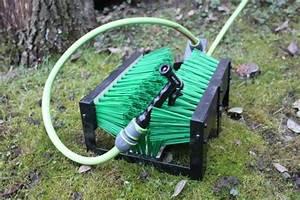 Arrosage Automatique Sans Robinet : branchez le tuyau d 39 arrosage au robinet d 39 eau ~ Premium-room.com Idées de Décoration