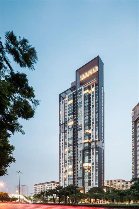 The Breeze Condominium By A49 H I G H R I S E
