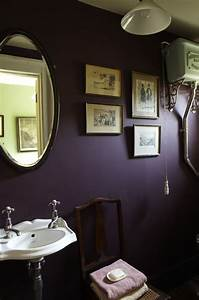 5 of the best dark mysterious bathroom ideas the for Dark purple bathrooms