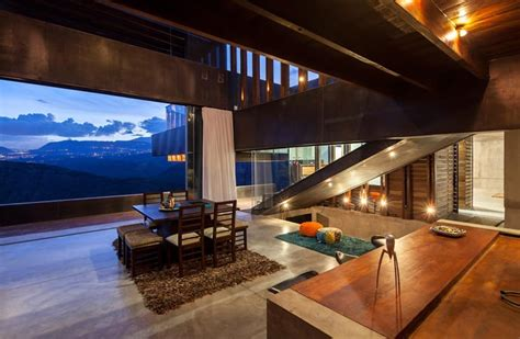 mountain home  incredible views  ecuador