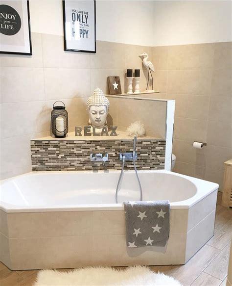 Mosaik Fliesen Badewanne by Badezimmer Badewanne Mosaik Bad Fliesen Holzoptik