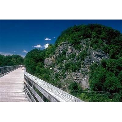 Bridgehunter.comWallkill Valley - Rosendale Trestle (Old)