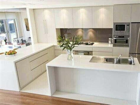 image cuisine blanche les 25 meilleures idées concernant cuisines blanches sur