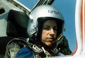 24 Years Ago Ellen Ochoa Was the First Latina In Space ...