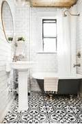 Bathrooms With Black And White Tile by 1000 Ideas About Black White Bathrooms On Pinterest White Bathrooms Bathr