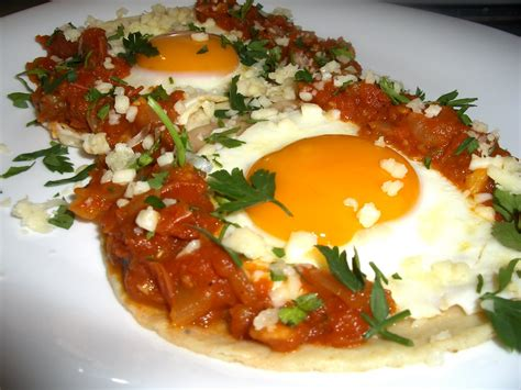 cuisine preparation huevos rancheros cooking in mexico