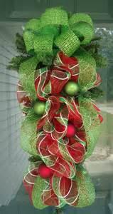 christmas teardrop swag ideas for the four seasons pinterest