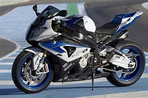 Bmw S1000rr Hp4 2017 : motorbike bmw s1000rr hp4 poster my hot posters ~ Medecine-chirurgie-esthetiques.com Avis de Voitures