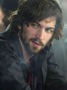 17 Best images about Michiel Huisman on Pinterest ...