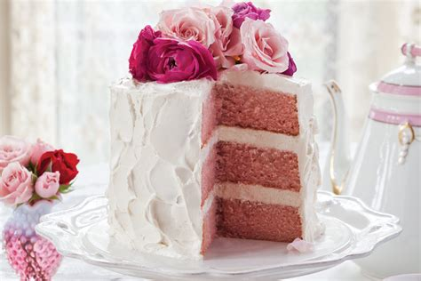 pink velvet cake  vanilla swiss meringue victoria