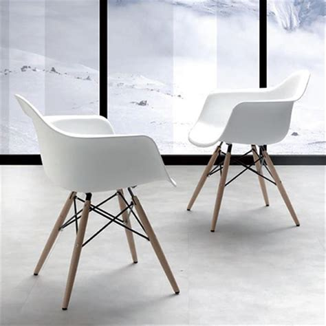 chaise scandinave avec accoudoir chaise accoudoir scandinave