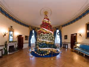 white house christmas 2015 a holiday spectacular hgtv s decorating design blog hgtv