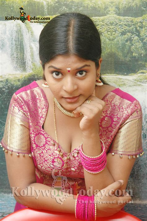 Neepa Spicy Tamil Tv Serial Actress Wallpapers Gallery