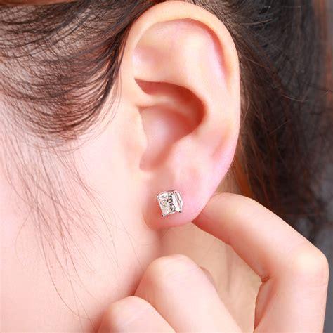 princess cut black ring princess cut earrings on ear diamondstud