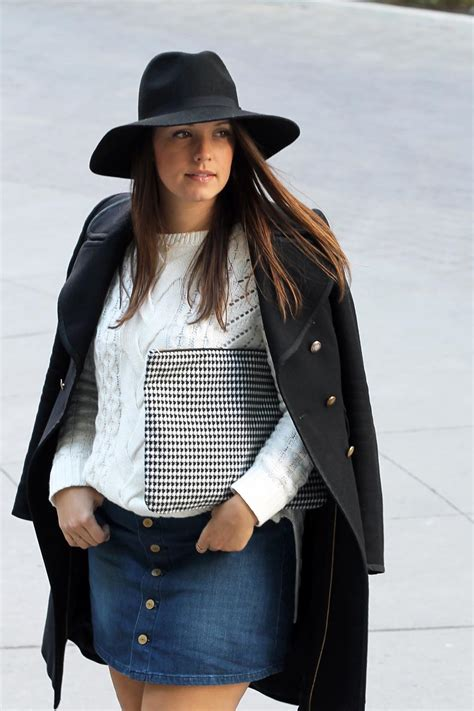 Outfit // Button Up Denim Skirt | A Side Of Vogue