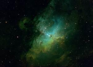EAGLE NEBULA (M16) Hubble Palette