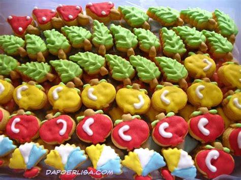Untuk membuat kue macaroon diperlukan kesabaran dan. Resep Kue Kering Lebaran Warna Warni - Resep Kue Kering
