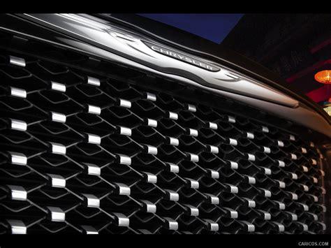2012 Chrysler 300 Ruyi Design Concept