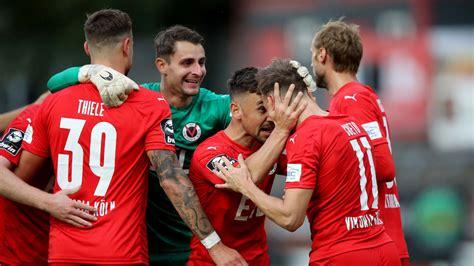 Spiele, siege, unentschiede, niederlagen, tore, torverhältnis und punkte vom 34 der 3. 3. Liga: Köln 3:2 mit 10 Mann gegen Bayern II: Viktoria auf Platz 2 - Fussball - Bild.de