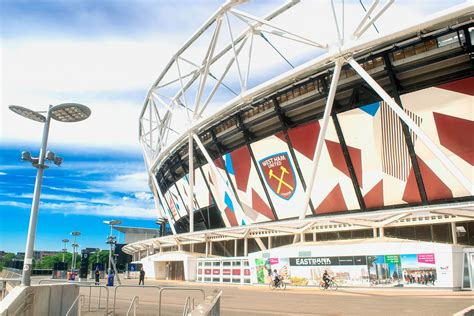 West Ham v Charlton Live Stream - Watch Carabao Cup