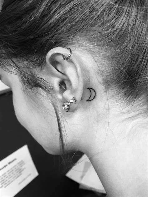 Pin by Ann-Sophie on 7 in 2020   Moon tattoo, Small moon
