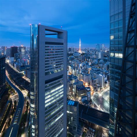 Tokyo at night #5 - Asia, Japan - Momentary Awe | Travel ...