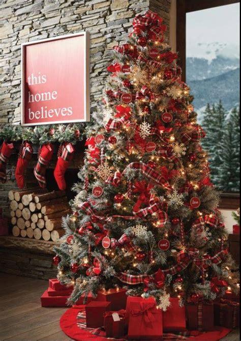 arboles de navidad color rojo tendencias
