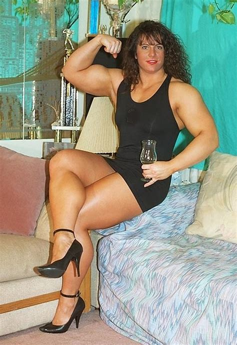 muscular womens dressed tina lockwood  pics