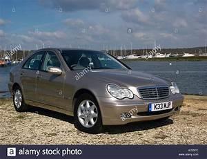 Mercedes C220 Cdi 2002 : mercedes 220 stock photos mercedes 220 stock images alamy ~ Medecine-chirurgie-esthetiques.com Avis de Voitures