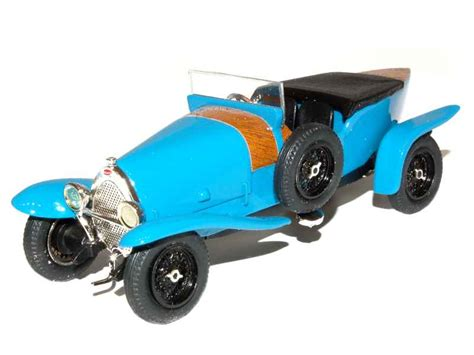 In 1930 bugatti started building the now famous type 41 royale with a 12700cc engine and a rearkable length of 6.4m. Bugatti - Type 23 Brescia Crossley 1923 - Classiques - 1/43 - Autos Miniatures Tacot