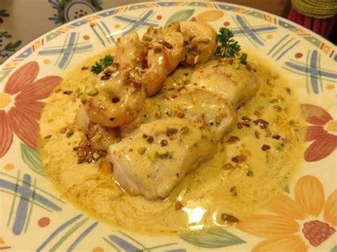 cuisiner dos de cabillaud recette de dos de cabillaud sauce crevette pistache mère